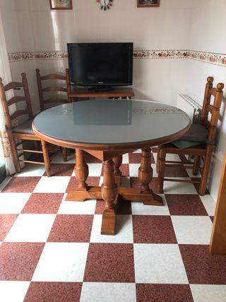 Mesa y sillas cocina, comedor, salita