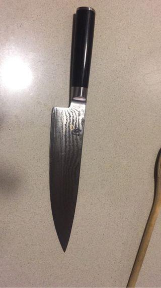 Cuchillo acero damasco Kayshum nuevo sin estren