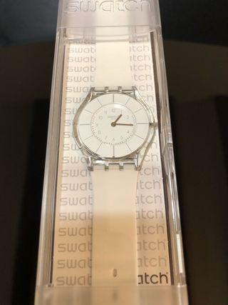 Reloj Swatch Swiss Blanco. Nuevo!