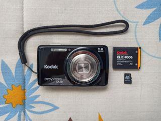 Cámara de fotos digital Kodak Easyshare Touch M577