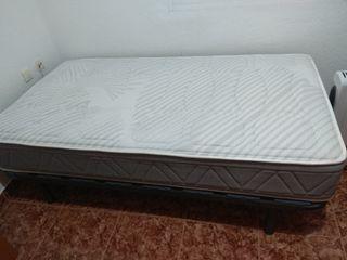 Vendo cama de 1,05m + mesa escritorio + radiador