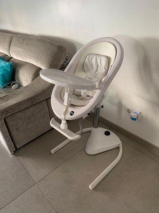 Trona bebe marca Mima, se hace amaca y silla