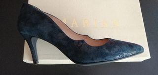 Zapatos de tacón. T.38