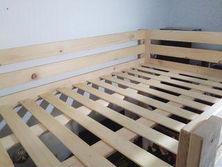 Cama alta de madera (para colchón de 1'35m)