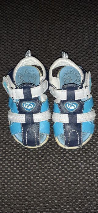 Zapato niño talla 23