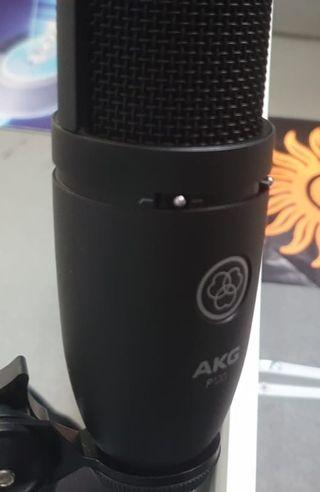 Microfono AKG P120