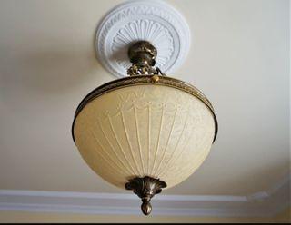 LÁMPARAS- Tres elegantes lámparas clásicas