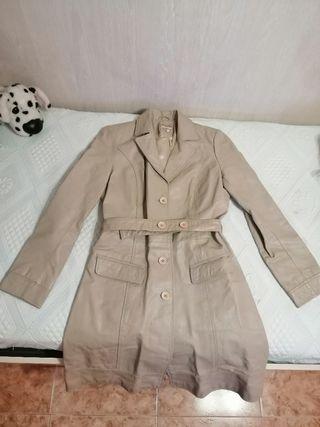 Abrigo tipo gabardina
