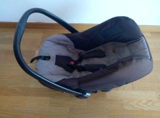 Maxicosi Easymaxi de bebecar sillita coche bebe