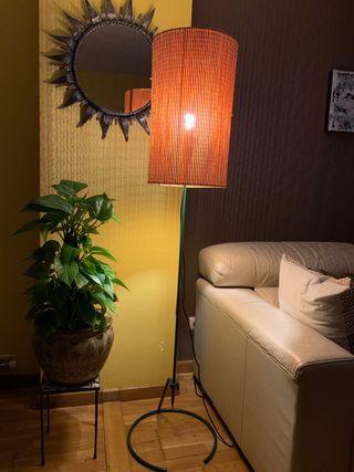 Lámpara de pie años 80. A estrenar