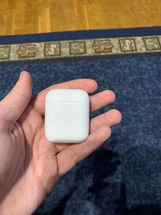 Caja de carga airpods de apple