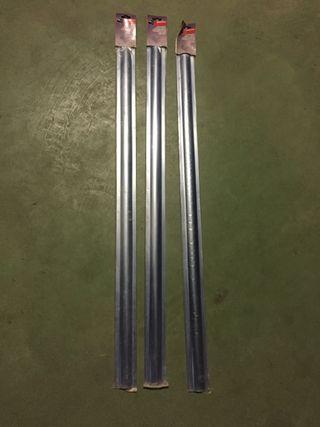 Pasa cables adhesivos metálicos