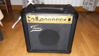 amplificador de guitarra Fame