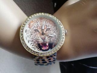 Reloj pulsera grande