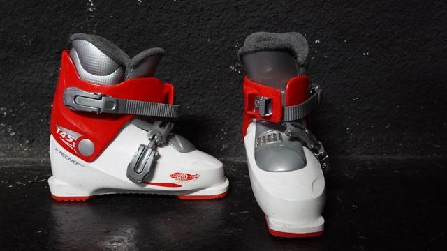 vendo esquíes y botas
