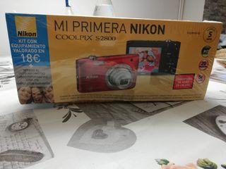 Cámara fotos compacta NIKON COOLPIX S2800