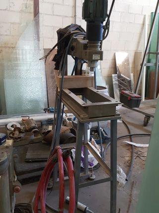 maquina para taladrar vidrio