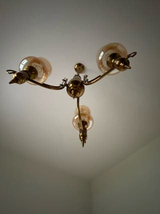 Lámpara habitación antigua