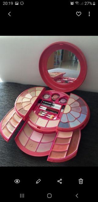 maquillaje marca NUEVO