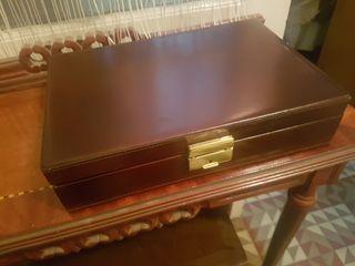 antiguo maletín neceser