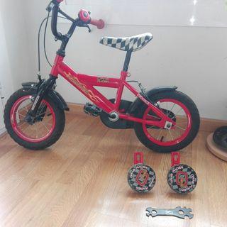 Bicicleta para niño de 12 pulgadas con ruedines