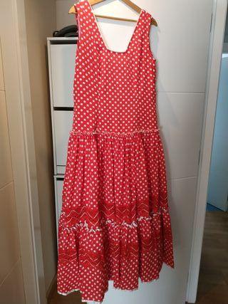 Bata rociera, conjunto falda y blusa , vestido de