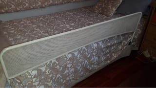 Barra o barrera de cama