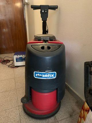 Barredora, fregadora secadora