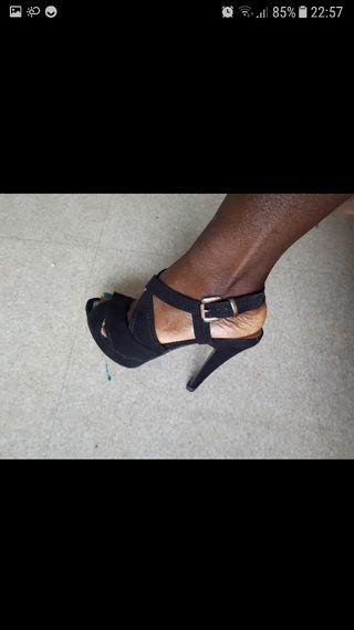 sandalias con tacones