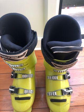 Botas de esquí Salomon de segunda mano en Avilés en WALLAPOP