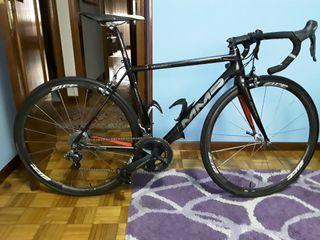 Bicicleta de carretera carbono