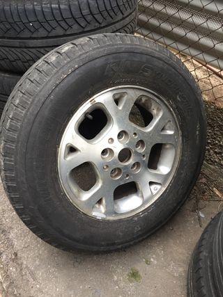 Llanta aluminio jeep 16 pulgadas