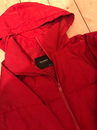 Puffer red coat