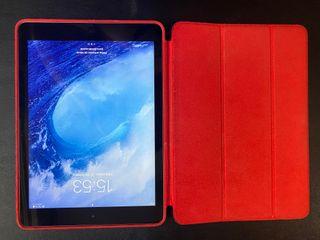 iPad Air perfecto, con funda Apple original