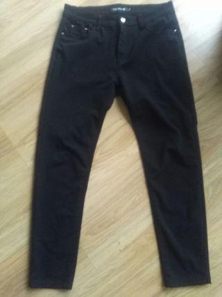 Pantalón negro elástico talla 42/44