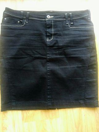 Falda jean negra talla 42