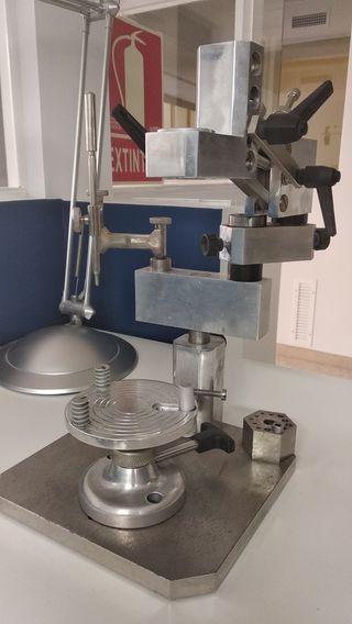 Soporte fresador y paralelometro-protesis dental