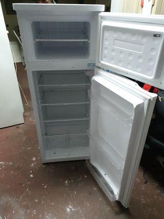 frigorifico svan nuevo solo un mes de uso