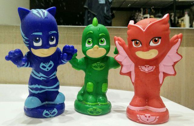 Pj masks figuras para el baño