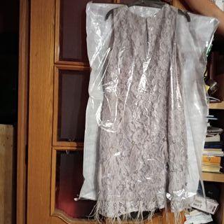 Vendo vestido de fiesta para mujer.