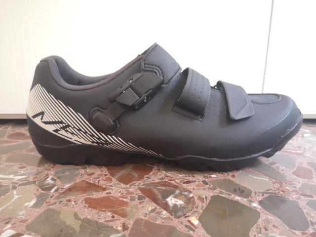 Zapatillas bicicleta montaña Shimano Me 3