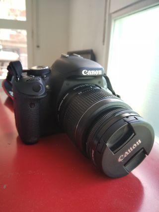 Canon 600D + 2 objetivos