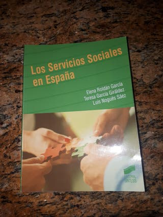 Libro UNED Trabajo Social. 2° Curso.