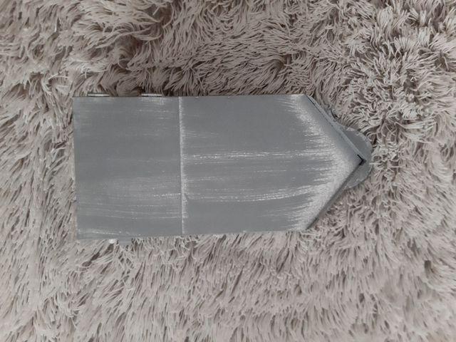 Casita de metal