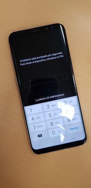 Se vende Samsung Galaxy S8 Plus.