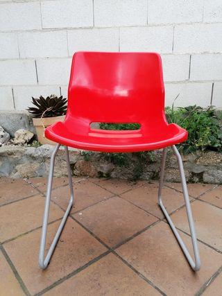 Silla Escritorio Roja y Gris IKEA