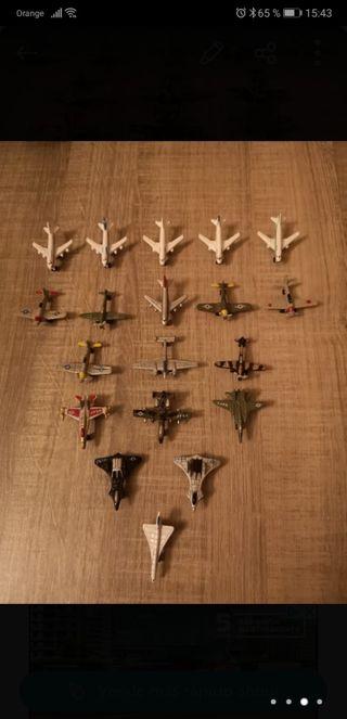 Aviones en miniatura.