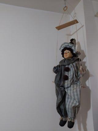 muñeco de porcelana grande
