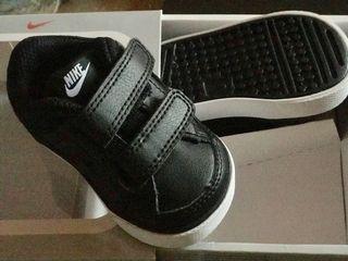 Zapatos Nike sin estrenar