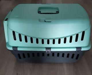 Transportin para perros o gatos.